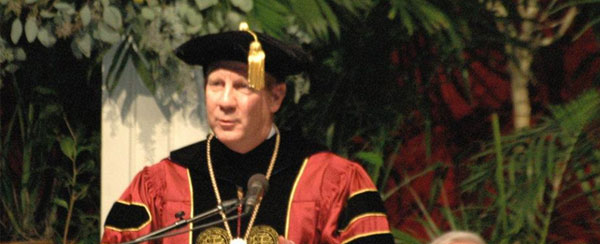 Dr. Taylor gives Inaugural Address