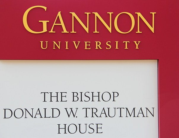 Trautman House signage