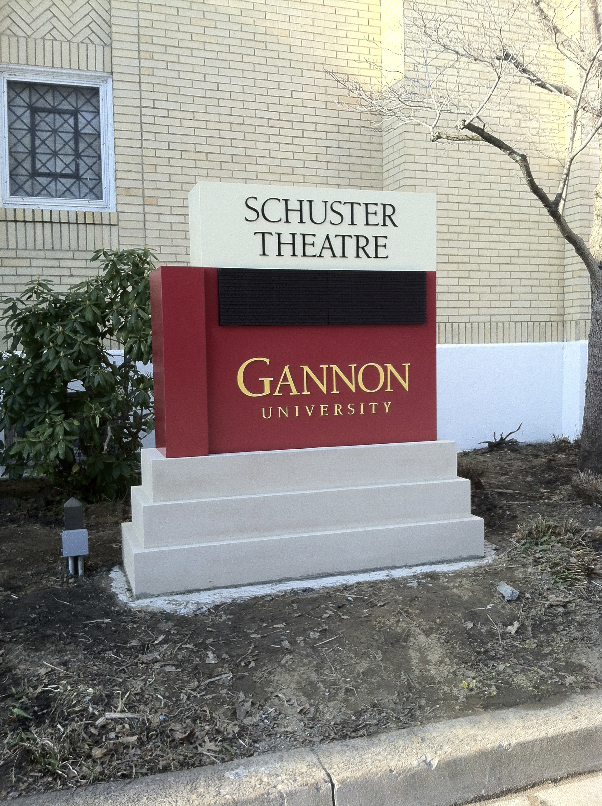 Schuster sign
